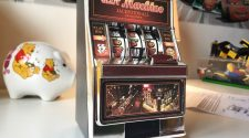 2 in 1 Slot Machine and Money Box
