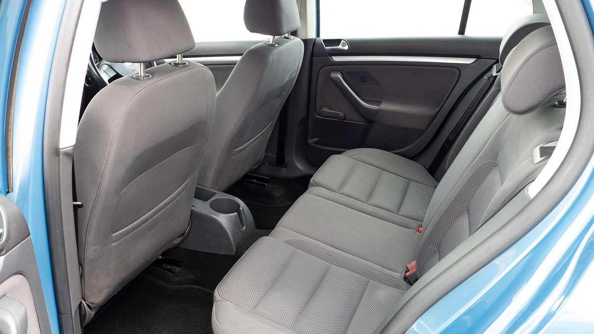 Volkswagen Golf Mk V Rear Seats