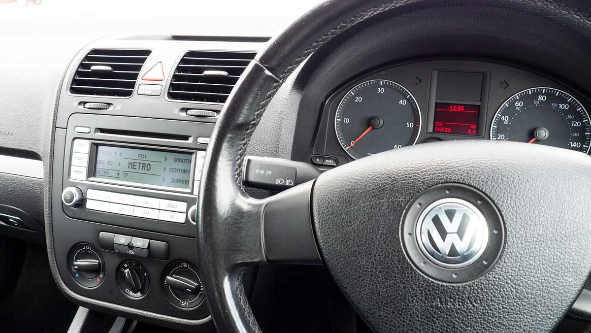VW Golf Mk V Instrumentation