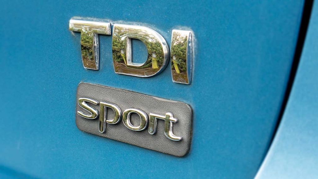 VW Golf Mark 5 TDI Sport Badge