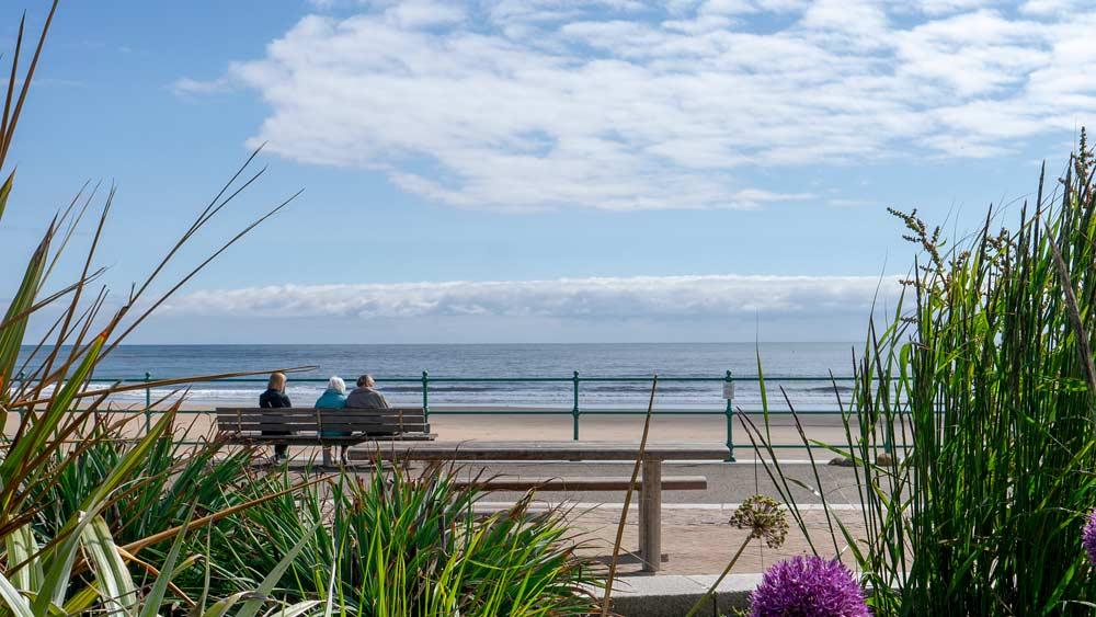 Seaburn Beach Sunderland Relaxing - wetryanything