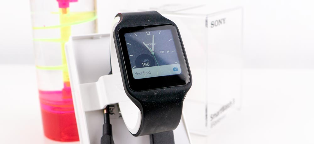 Sony Smartwatch 3 review screen