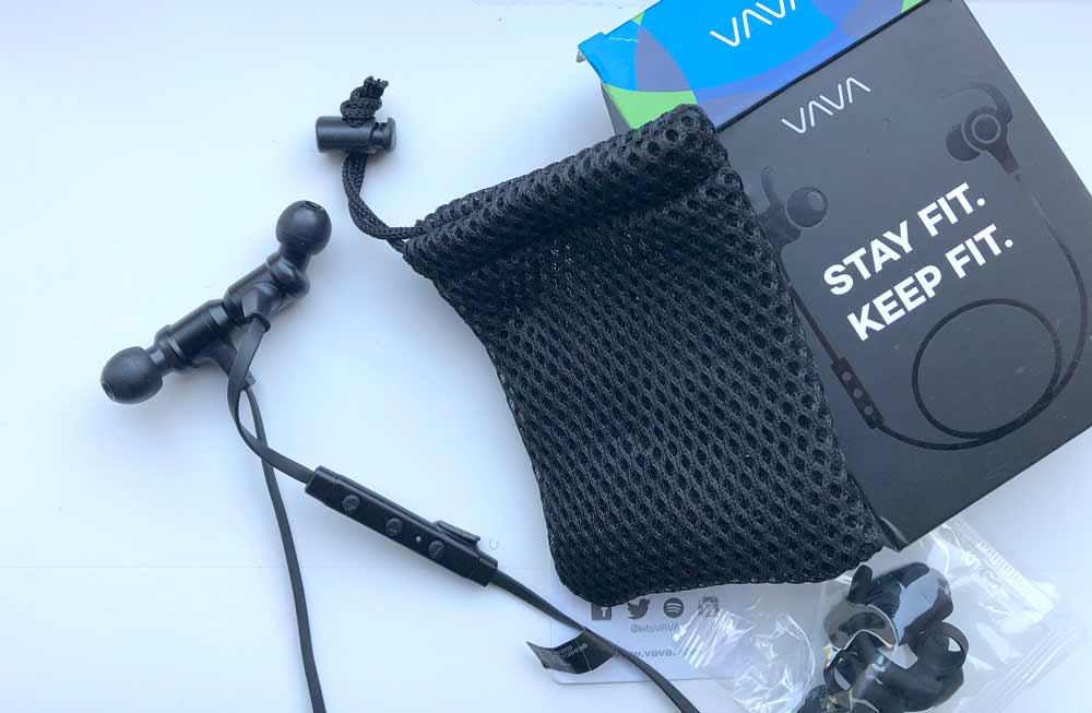 VAVA Moov 28 Bluetooth Earphones Box Contents
