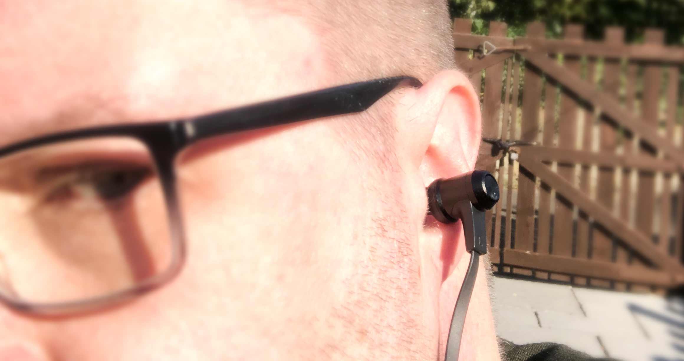 VAVA Moov 28 Earphones in ear fitting