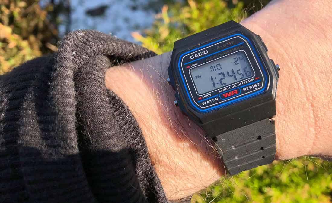 Casio F91W Watch on Wrist Review